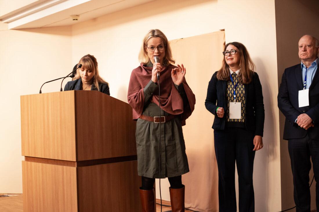 Керівниці проєкту «Молодь дебатує»: Віола фон Крамон, Ольга Пішель