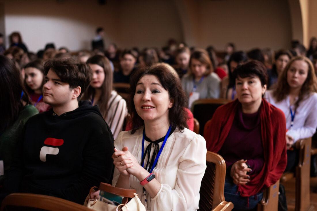 Тренерка проєкту «Молодь дебатує» з м.Миргород Наталія Семеренко